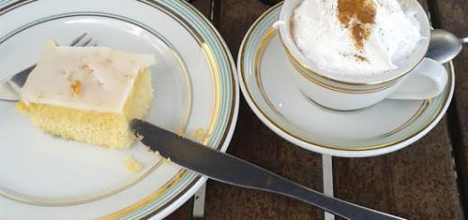 Café da manhã na Confeitaria Colombo do Forte